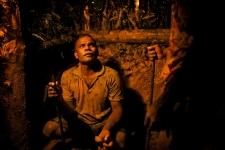 mine worker in Sri Lanka